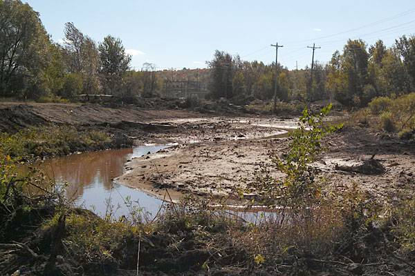 Fall 2013: Meandering reconstructed stream bed in Phase Two of Partridge Creek. (Photo: EPA)