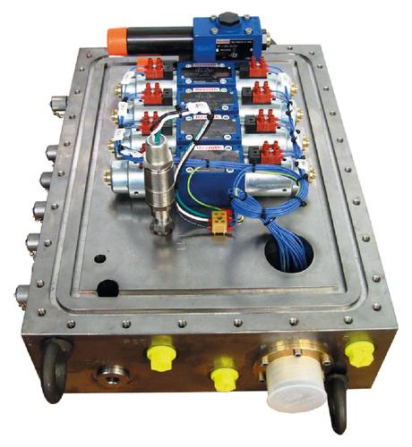 Figure 4:  Example of  industrial  electrohydraulic valves adapted for subsea  application.