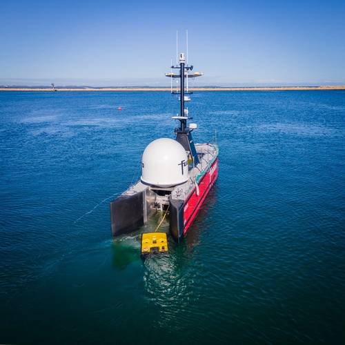 Fugro Blue Essence USV and ROV heading to a project in the APAC region. Photo credit Fugro