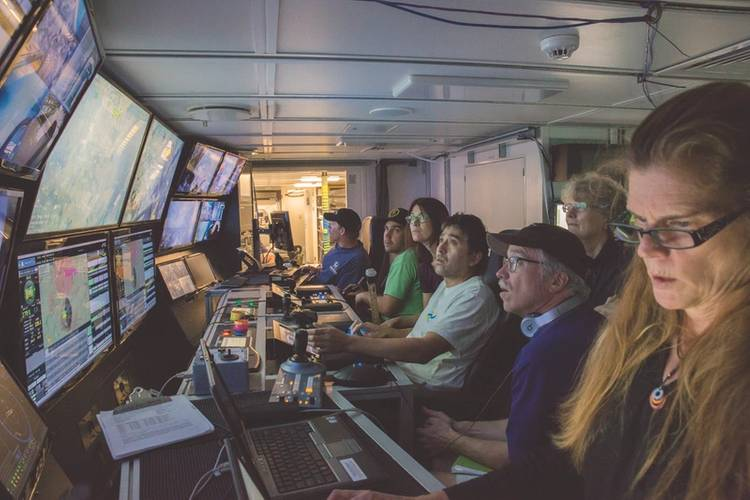 Inside the control room (Photo: Schmidt Ocean Institute)