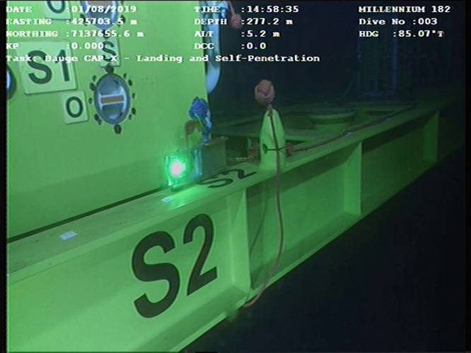 The LUMA modem has been used to transmit gyro data via an ROV to the surface, to aid subsea crane operations. Photo from Hydromea.