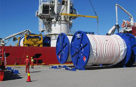 Mooring lines loaded on to Skandi Skansen  (Photo: Statoil)