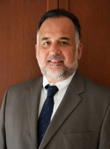 Bob Munoz is an undersea cable consultant who has over 30 years of experience in submarine cable route surveys and marine installation.