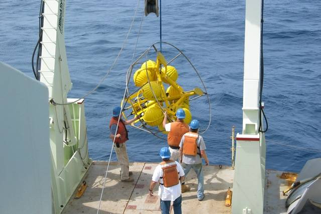 Ocean engineers used this bottom-resting instrument system for their research. (Photo: Tim Duda/WHOI)