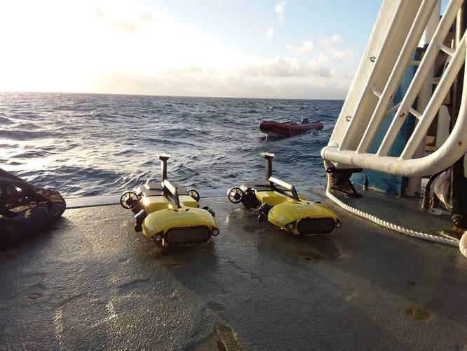 RangerBot over a reef (Credit Matthew Dunbabin/QUT)