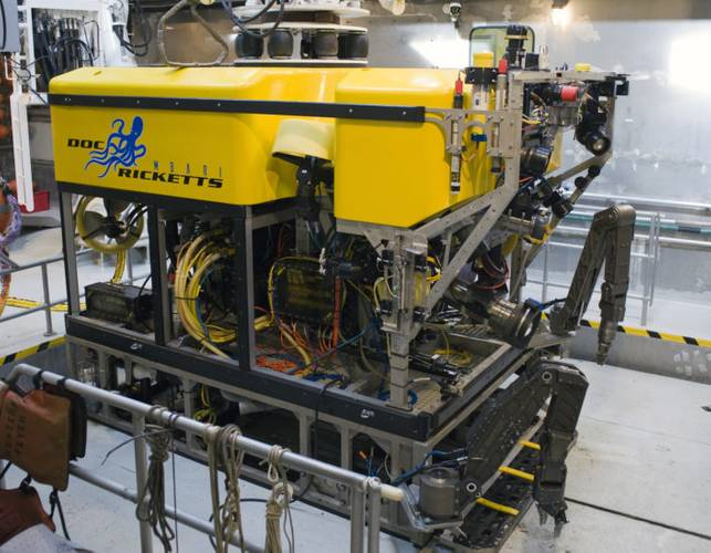 ROV Doc Ricketts is launched through the moon pool of its host ship, the R/V Western Flyer. (Photo: MBARI)