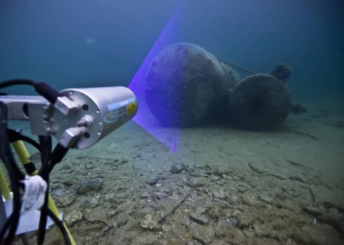 2G Robotics' dynamic underwater laser scanner, the ULS-500 PRO (Image: OceanGate)