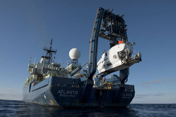 Scientists tested the upgraded Alvin's new capabilities on a science verification cruise in the Gulf of Mexico in March 2014. (Photo by Chris Linder, Woods Hole Oceanographic Institution)