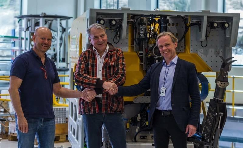 Team Surveyor Interceptor 2. From the left, Erik K Bakkevig (CEO Kystdesign), Ola Oskarsson (founder & CTO, MMT) and Jostein Alendal (CEO, Reach Subsea). (©MMT)