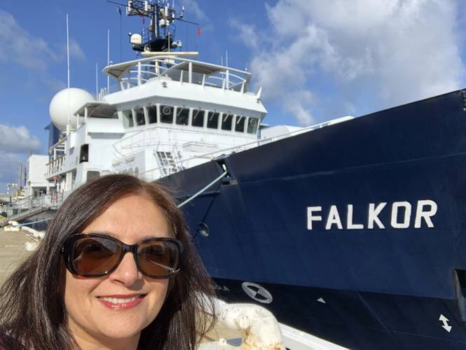 Dr. Virmani in front of Schmidt Ocean Institute's research vessel Falkor in Fremantle, Australia prior to the vessel's departure for its Ningaloo Canyons expedition. © Schmidt Ocean Institute