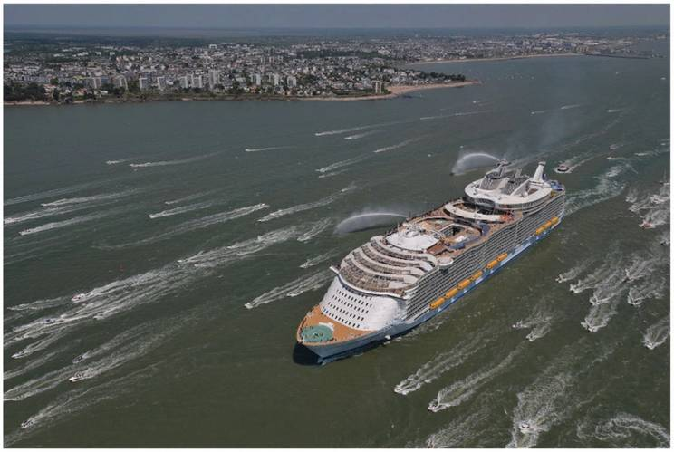 The world's largest cruise ship, Harmony of the Seas, fitted with three WaveRadar REX.