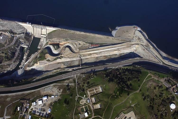 Spillway-GoogleEarth-300dpi.jpg